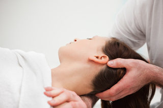 http://maplecac.com/wp-content/uploads/2017/06/Effective-use-of-Chiropractic-treatment-for-neck-pain_resources-page-320x213.jpg